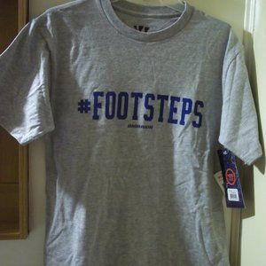 new Warrior  #FOOTSTEPS T-shirt Small